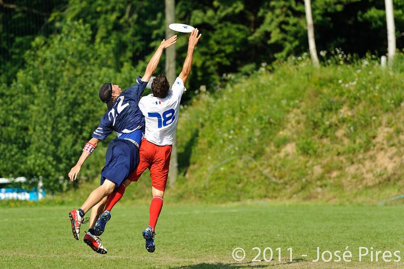 EUC2011, Maribor Slovenia.<br /> Finland vs France. Semi-Final. Master Division<br /> PhotoId :2011-08-03-1035