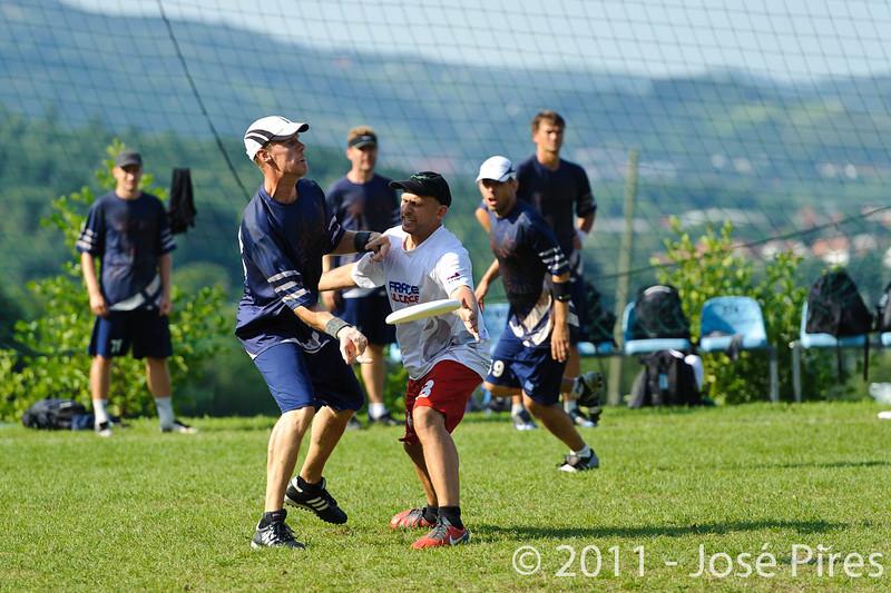 EUC2011, Maribor Slovenia.<br /> Finland vs France. Semi-Final. Master Division<br /> PhotoId :2011-08-03-1064
