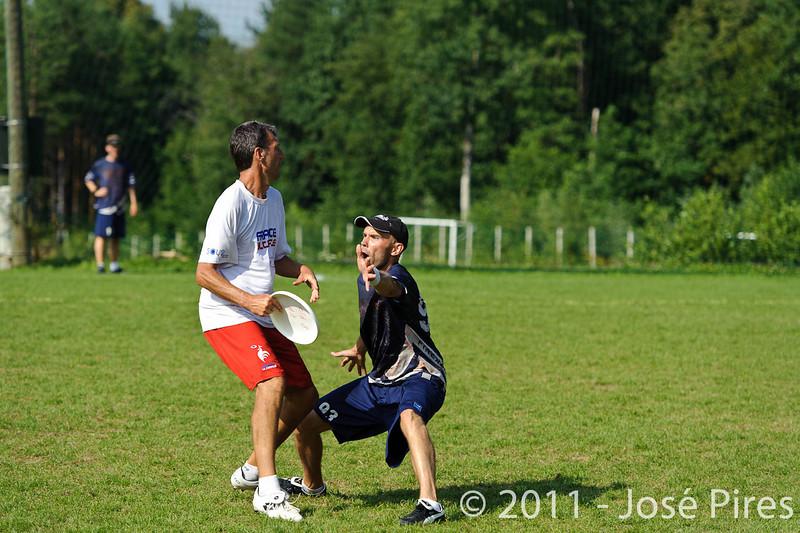 EUC2011, Maribor Slovenia.<br /> Finland vs France. Semi-Final. Master Division<br /> PhotoId :2011-08-03-0989