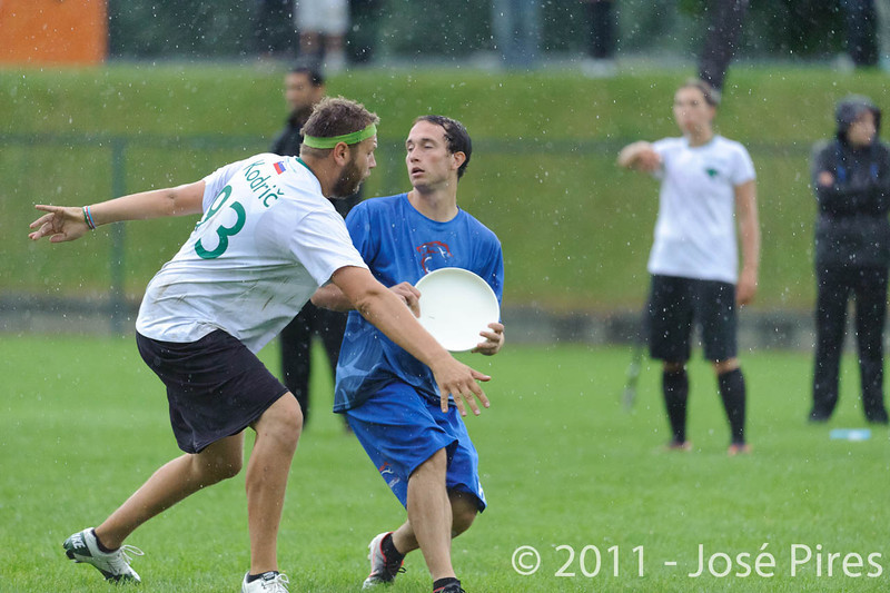 EUC2011, Maribor Slovenia.<br /> Opening Game.<br /> Slovenia vs Great Britain Mixed Division.<br /> PhotoID : 2011-07-30-0262