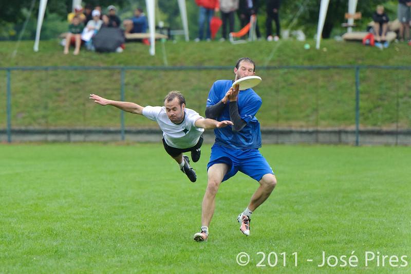 EUC2011, Maribor Slovenia.<br /> Opening Game.<br /> Slovenia vs Great Britain Mixed Division.<br /> PhotoID : 2011-07-30-0433
