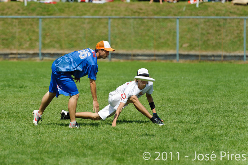 EUC2011, Maribor Slovenia.<br /> Russia vs Great Britain. Mixed Division.<br /> PhotoID : 2011-08-02-0408