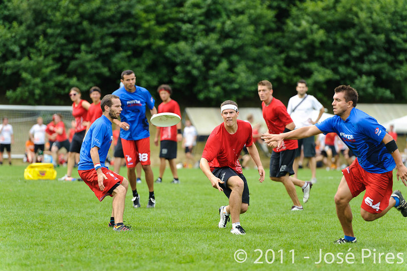 EUC2011, Maribor Slovenia.<br /> France vs Switzerland. Open Division.<br /> PhotoID : 2011-07-31-0158