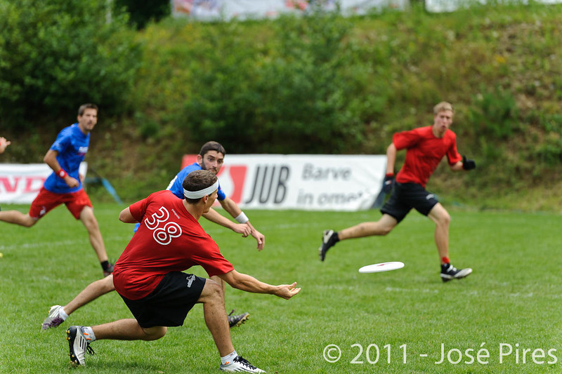 EUC2011, Maribor Slovenia.<br /> France vs Switzerland. Open Division.<br /> PhotoID : 2011-07-31-0273