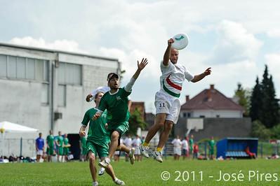 Monday. Open. Italy - Ireland (17-15)