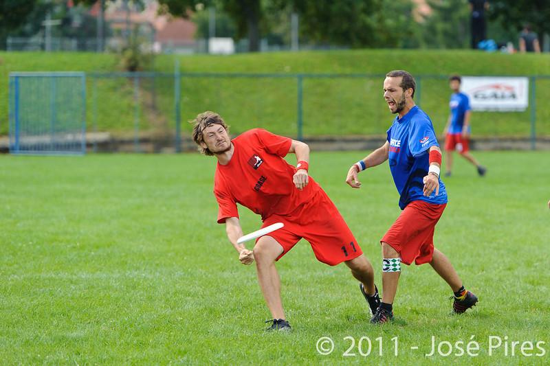 EUC2011, Maribor Slovenia.<br /> France vs Denmark. Pre-Quarterfinals. Open Division<br /> PhotoId :2011-08-04-0028