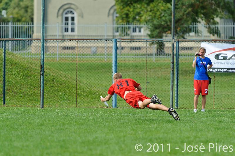 EUC2011, Maribor Slovenia.<br /> France vs Denmark. Pre-Quarterfinals. Open Division<br /> PhotoId :2011-08-04-0090