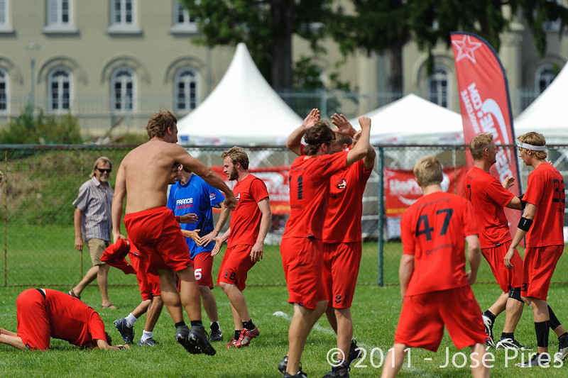 EUC2011, Maribor Slovenia.<br /> France vs Denmark. Pre-Quarterfinals. Open Division<br /> PhotoId :2011-08-04-0106