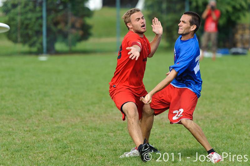 EUC2011, Maribor Slovenia.<br /> France vs Denmark. Pre-Quarterfinals. Open Division<br /> PhotoId :2011-08-04-0085