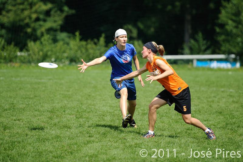 EUC2011, Maribor Slovenia.<br /> Czech Republic vs Netherlands. Women Division.<br /> PhotoID : 2011-07-31-0556