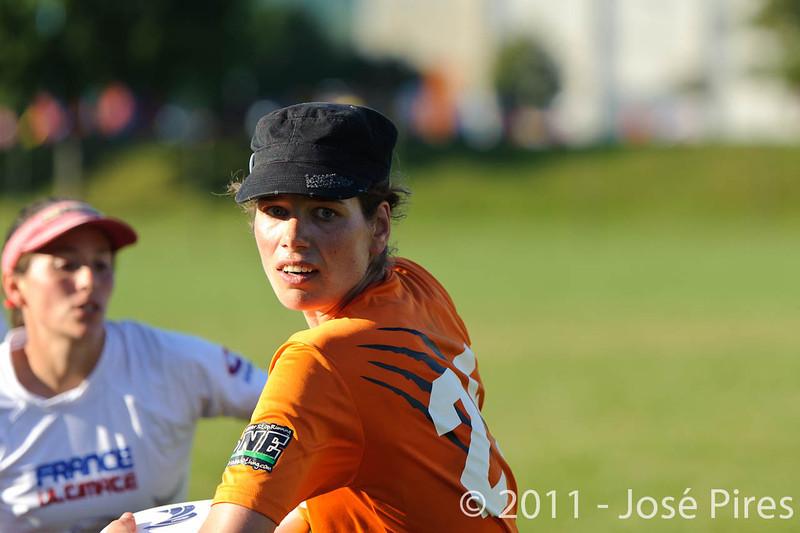 EUC2011, Maribor Slovenia.<br /> Netherlands vs France. 11th place. Women Division<br /> PhotoId :2011-08-05-0600