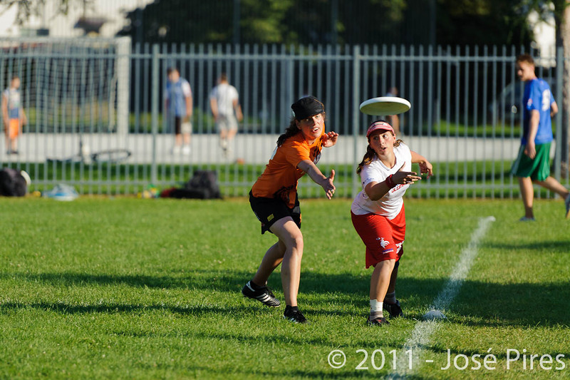 EUC2011, Maribor Slovenia.<br /> Netherlands vs France. 11th place. Women Division<br /> PhotoId :2011-08-05-0571