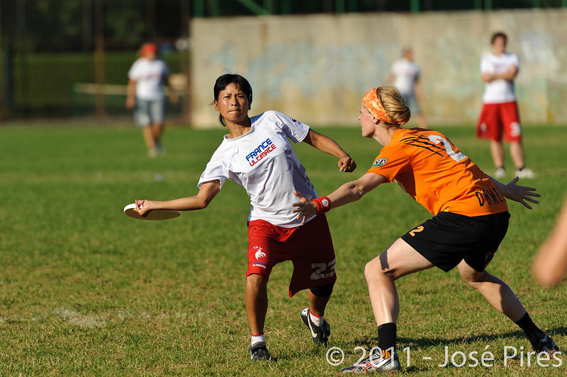 EUC2011, Maribor Slovenia.<br /> Netherlands vs France. 11th place. Women Division<br /> PhotoId :2011-08-05-0513