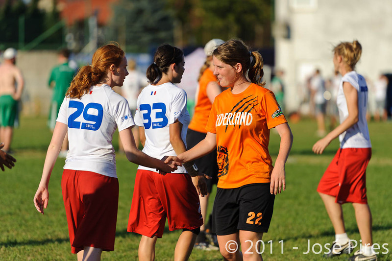 EUC2011, Maribor Slovenia.<br /> Netherlands vs France. 11th place. Women Division<br /> PhotoId :2011-08-05-0643