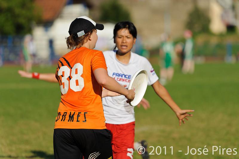 EUC2011, Maribor Slovenia.<br /> Netherlands vs France. 11th place. Women Division<br /> PhotoId :2011-08-05-0606