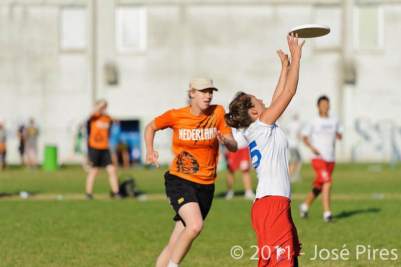 EUC2011, Maribor Slovenia.<br /> Netherlands vs France. 11th place. Women Division<br /> PhotoId :2011-08-05-0534