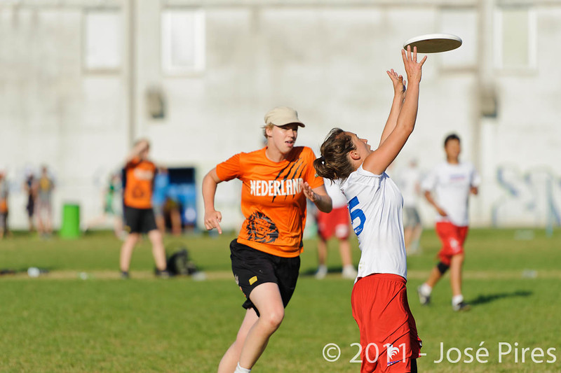 EUC2011, Maribor Slovenia.<br /> Netherlands vs France. 11th place. Women Division<br /> PhotoId :2011-08-05-0534