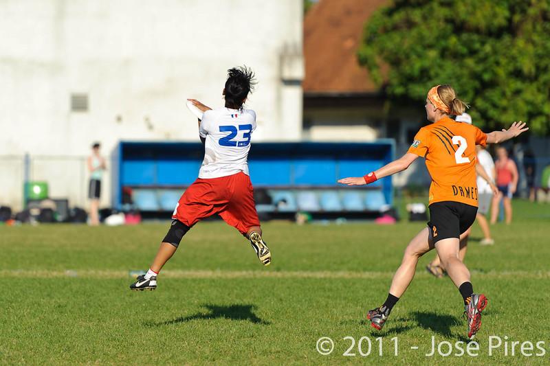 EUC2011, Maribor Slovenia.<br /> Netherlands vs France. 11th place. Women Division<br /> PhotoId :2011-08-05-0540