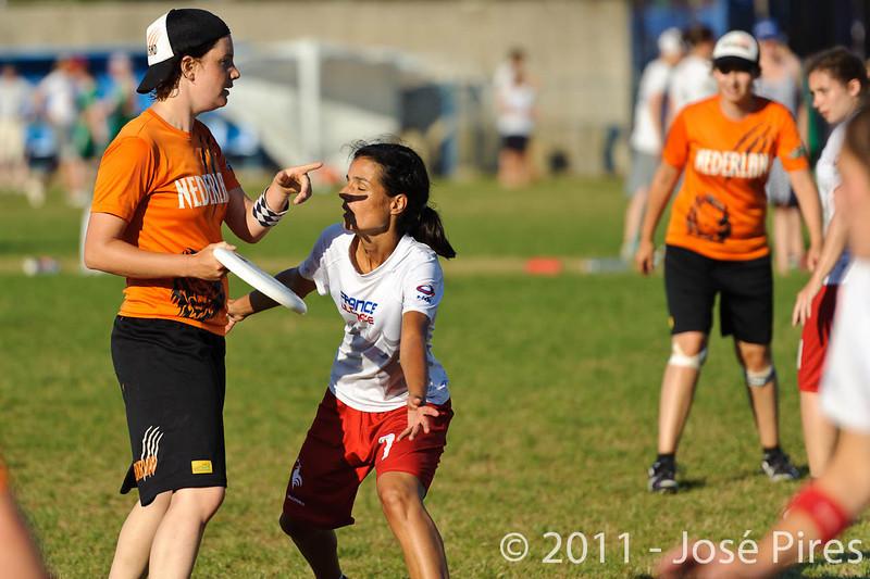 EUC2011, Maribor Slovenia.<br /> Netherlands vs France. 11th place. Women Division<br /> PhotoId :2011-08-05-0631