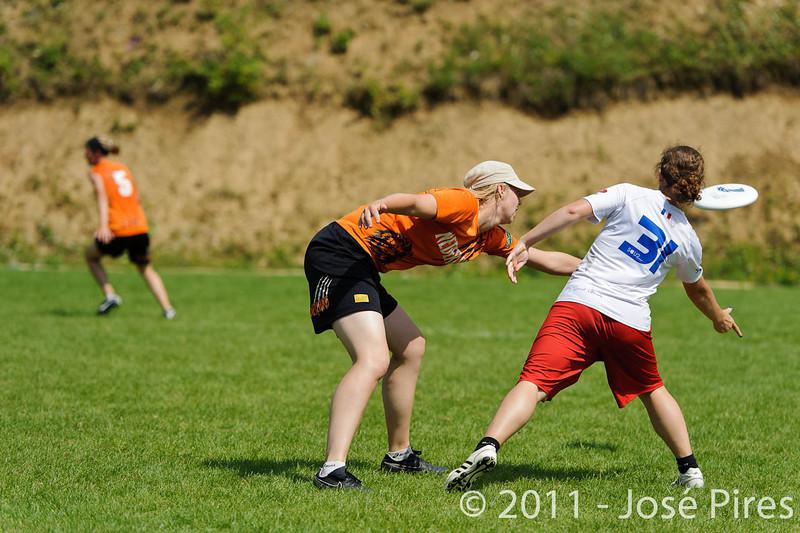 EUC2011, Maribor Slovenia.<br /> Netherlands vs France. Women Division<br /> PhotoId :2011-08-03-0669