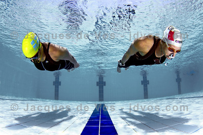 Glide  Dynamic No Fins diving - Lotta Eriscon and Linda Paganelli  Ikelite 7D Housing (8'' Dome Port) Ikelite DS-161 Strobes