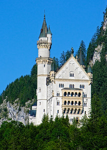 NEUSCHWANSTEIN CASTLE - BAVARIA