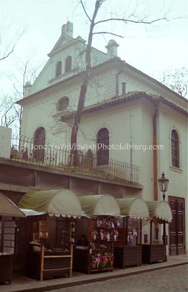CZECH 1:19  Klaus Synagogue
