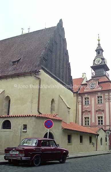 CZECH 1:14  Old-New Syn  and Jewish Town Hall