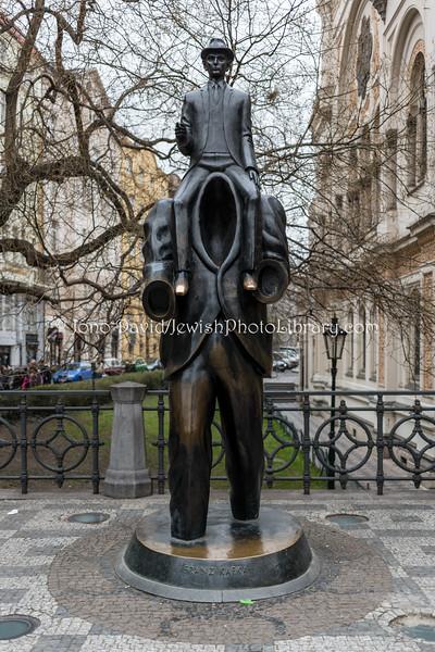 CZ-393  Franz Kafka Statue