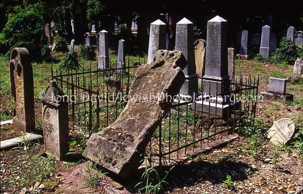 HUNGARY, Pecs. Jewish Cemetery. (2004)