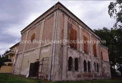 HUNGARY, Sopron. Papret Synagogue. (2006)