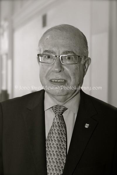 EE 1063  Avi Granot, Israeli Ambassador to Finland:Estonia (2007~2011)