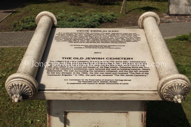LV 788  Memorial, old cemetery