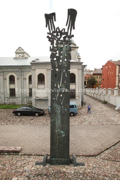 LT 116  Children's monument
