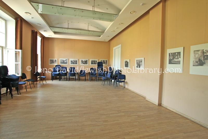 LT 2543  Jasha Heifetz Hall