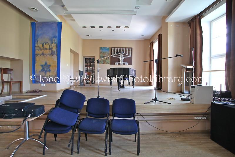 LT 2544  Jasha Heifetz Hall