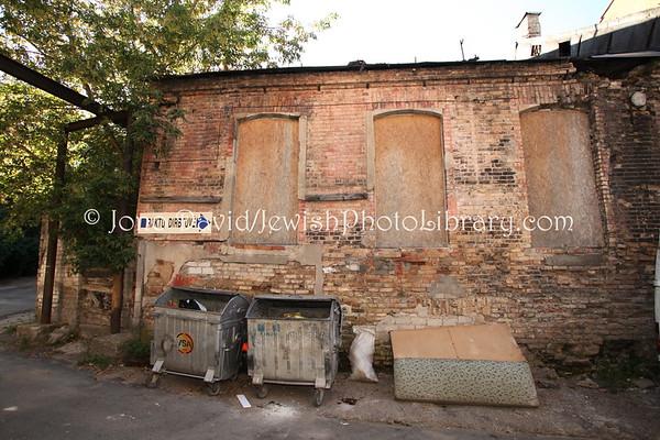 LITHUANIA, Vilnius. Synagogue (former) of Zavel Germaize and David Levinson (Geliu Street 6). (9.2011)