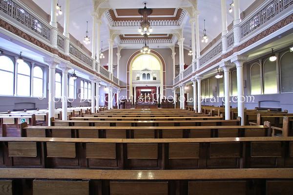 ENGLAND, London. New London Synagogue (3.2012)