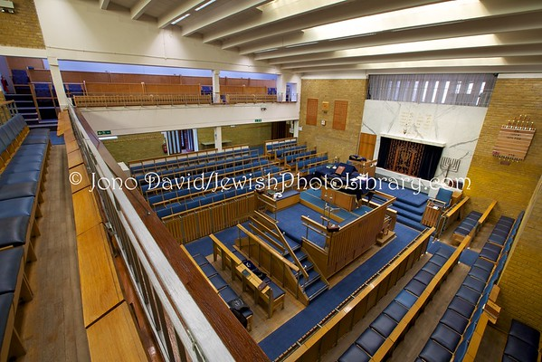 ENGLAND, London. South Hampstead Synagogue (8.2016)