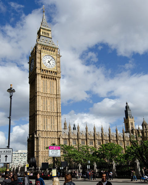 Big Ben<br /> <br /> DAYTIME!<br /> <br /> London, England
