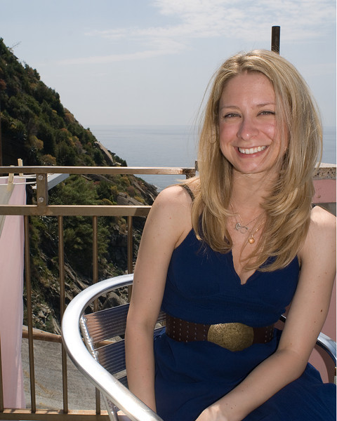 Sarah posing on the terrace in Vernazza