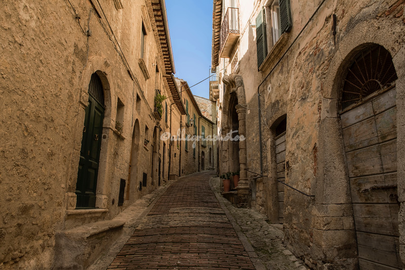 Narrow Medieval street in Civitella del Tronto, Abruzzo