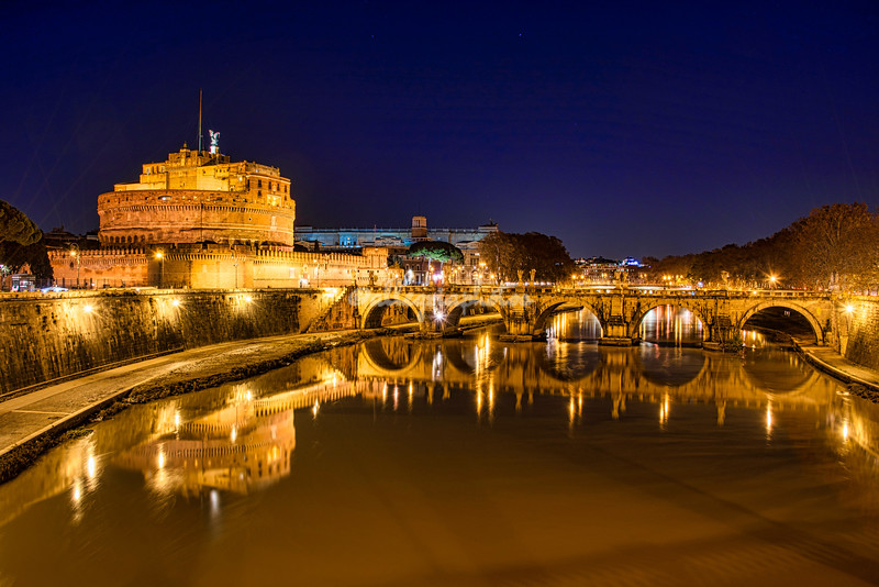 Ponte Sant'Angelo and Castel Sant' Angelo at night