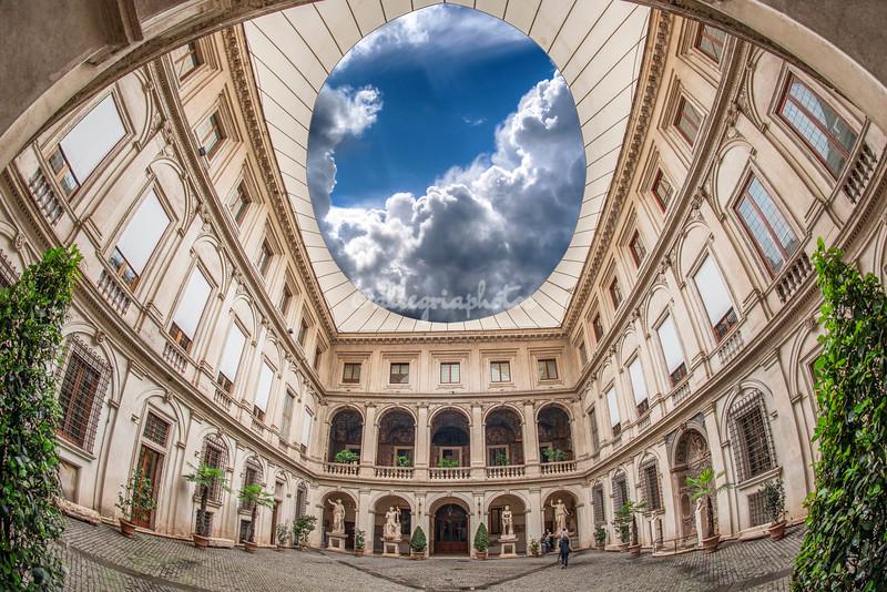Il Palazzo Altemps courtyard, Rome