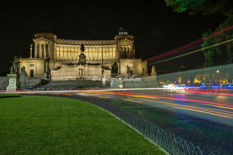 Monumento Vittorio Emmanuele by night