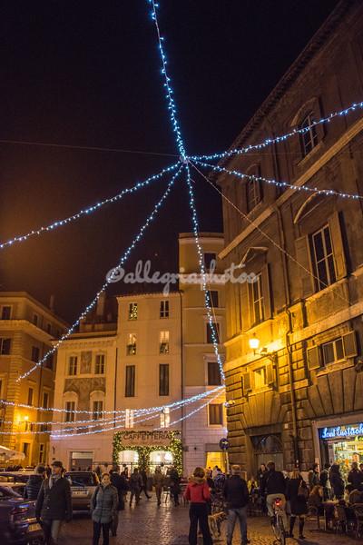 Christmas lights on Piazza Sant Eustachio