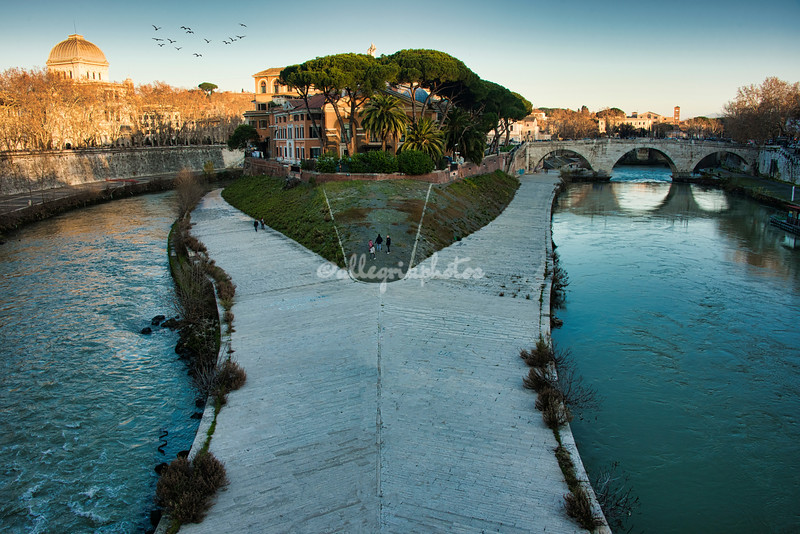 The northern tip of Isola Tiberina, Rome