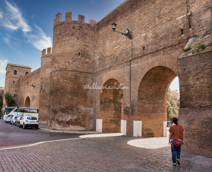 Porta Pinciana and the Aurelian Walls