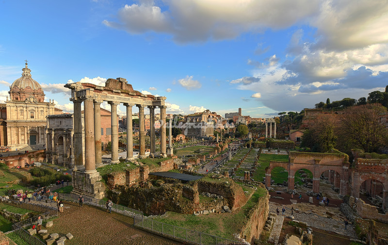 View over the Roman Forum towards the Colosseum