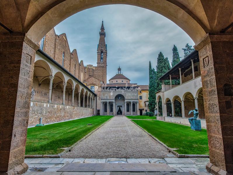 Hidden Cloister in Santa Croce, Florence,